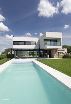 A House,© Alejandro Peral