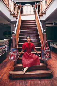 Wait a minute … Look at THAT Girl How to Rock Red on Red Ethnic Fusion Saree Fashion Vintage Chic Kimono Streetwear Styling Photoshoot Saree Fashion, Vintage Kimono, Saree Styles, Fashion Vintage, Streetwear Fashion, Ethnic, Waiting, Street Wear, Photoshoot