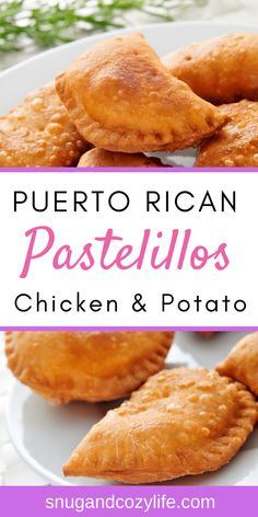 You will LOVE these Easy Puerto Rican Pastelillos with Chicken and Potatoes - Healthier Baked Recipe . An easy grab and go meal idea and freezer friendly! Puerto Rican Recipes, Mexican Food Recipes, Dinner Recipes, Puerto Rico, Empanadas Recipe, Chicken Empanadas, Chicken Potatoes, Baked Chicken, Comida Latina
