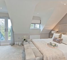 179 creative ways dream rooms for teens bedrooms small spaces 34 House Design, Luxury Living Room, Home, Bedroom Design, Bedroom Loft, Loft Room, Small Bedroom, Loft Conversion Bedroom, Dream Rooms