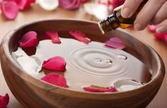Aromatherapy For Natural Living - Aromahead Institute: School of Essential Oil Studies - Aromahead Institute - Aromatherapy Courses Essential Oils For Sleep, Rose Essential Oil, Best Essential Oils, Young Living Essential Oils, Manicure Y Pedicure, Alternative Therapies, Alternative Treatments, Alternative Health, Baby Puree