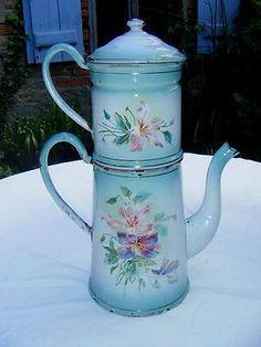 Circa 1900 clematis French enamelled cafetiere