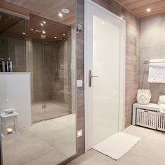 Good night #soontosleep #bathroom #sauna #kylpyhuone #iltavalaistus #tunnelmaa#homespa #kotikylpylä Laundry Room Bathroom, Bathroom Toilets, Bathtub, Spa, Lounge, Interior Design, Instagram, Home, Decor