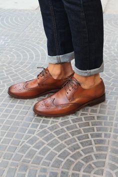 eed443ac03 Sapato Social Masculino Brogue CNS + Steve em Couro cor Whisky com sola de  couro e