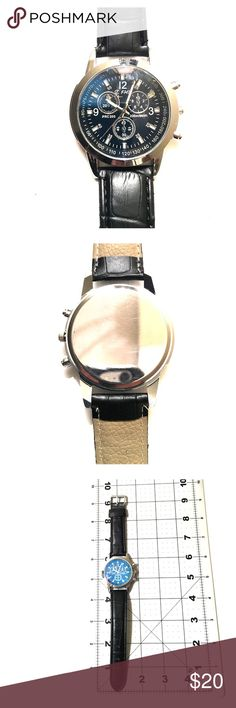 Silver bezel, NWOT Men's fashion watch NWOT Men's fashion watch, see photos for approx measurements - the bezel is silver, but photos make it look goldish. Accessories Watches