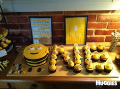 My twins are obsessed with The Hive so I wanted to make a cake based on Buzzbee and something special for their Birthday. So I made a Buzzbee round cake, and using cupcakes, spelt out the N and E to make a 'ONE' Bee Birthday Cake, Bumble Bee Birthday, Baby Girl 1st Birthday, 1st Birthday Parties, Birthday Ideas, 1st Birthdays, Creations, Cupcakes, Twins