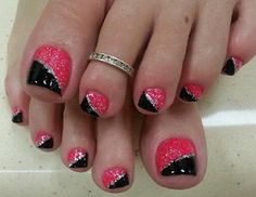 Pink and Black Toe Nail Art Designs with Glitter - Diy Nail Designs Pedicure Designs, Pedicure Nail Art, Toe Nail Art, Pedicure Ideas, Glitter Pedicure, Black Pedicure, French Pedicure, Fancy Nails, Love Nails