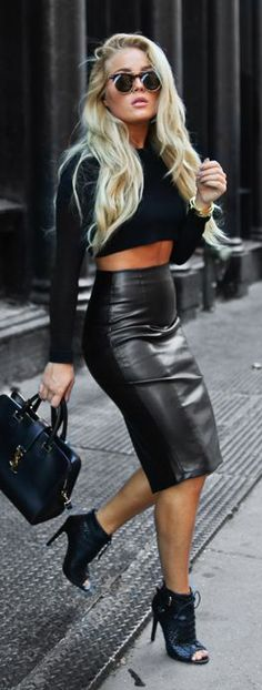 Black On Black | Stylish outfits for fashionable women.