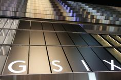 https://flic.kr/p/UXJSCA | GSIX | facade of a commercial complex, or Ginza Six, located in Tokyo, Japan.
