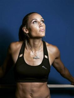 We interviewed Lolo Jones to test her fitness knowledge. See how you stack up against Lolo and learn a few interesting fitness and Olympic facts in this fitness celebrity interview. Lolo Jones, Love Fitness, Muscle Girls, Women Muscle, Sporty Girls, Fit Chicks, Track And Field, Athletic Women, Olympians
