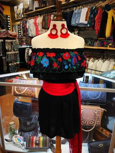 Off The Shoulder & Top Embroidery Detail Dress ( Black ) - Ale Accessories Source by fiesta Mexican Theme Dresses, Mexican Outfit, Dama Dresses, Quince Dresses, Party Dresses, Havanna Party, Cute Cowgirl Outfits, Traditional Mexican Dress, Looks Country