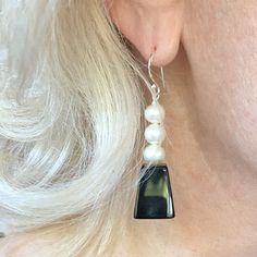 onyx-pearl-earrings Pearl Drop Earrings, Pearl Jewelry, Silver Earrings, Silver Jewelry, White Freshwater Pearl, Black Onyx, Jewelry Design, Pearls, Sterling Silver