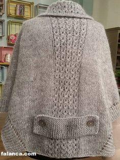 sibel kavaklıoğlu women's poncho - Knitting a love Knitting Stitches, Knitting Designs, Hand Knitting, Knitting Patterns, Sewing Patterns, Cardigan Design, Ladies Poncho, Poncho Tops, How To Start Knitting