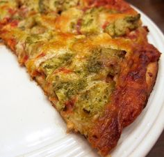 Easy chicken pesto pizza - made it the other night and Brian and I loved it!!