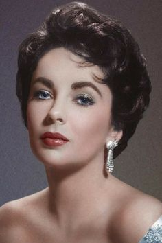 Elizabeth Taylor defined modern celebrity and is considered the last classic Hollywood icon. Elizabeth Taylor Trust and Elizabeth Taylor Estate. Hollywood Stars, Hollywood Icons, Golden Age Of Hollywood, Hollywood Glamour, Hollywood Actresses, Classic Hollywood, Old Hollywood, Hollywood Actor, Classic Actresses
