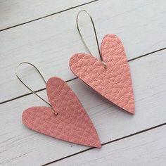 Heart earrings, large pink heart earrings, Valentine earrings, large leather heart earrings by ShopSimplyDistressed on Etsy Diy Leather Earrings, Diy Earrings, Leather Jewelry, Leather Craft, Heart Earrings, Jewelry Crafts, Handmade Jewelry, Topas, Jewelry For Her