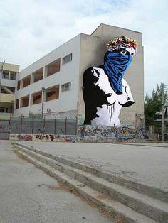 World's best street artists on Mr Pilgrim online Mister Thoms - More of Mister Thoms? Check our website Streetart.nl