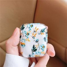 Iphone 11 Discover For AirPods Case Flower Transparent Clear Hard Plastic Wireless Bluetooth Earphone Cases For Apple Airpods 2 Cover Funda Fashion Cute Cases, Cute Phone Cases, Iphone 7 Plus Cases, Iphone Phone Cases, Iphone 6, Fone Apple, Apple Airpods 2, Apple Case, Accessoires Iphone