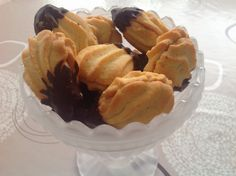Finnish Recipes, Croissants, Cake Pops, Biscuits, Sweet Tooth, Snack Recipes, Muffin, Goodies, Food And Drink
