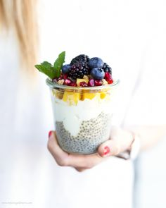Chia Pudding-Basic Recipe with Mango, Yoghurt, Berries and Granola