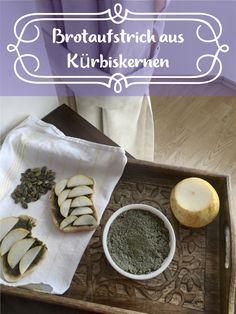 Mit unserem Rezept verwandelst Du Kürbiskerne in einen leckeren Brotaufstrich.