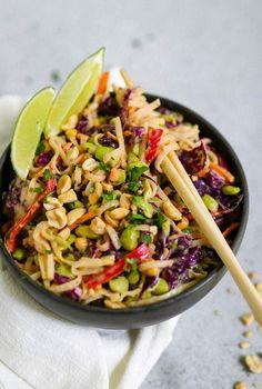 Cold Peanut Noodles, Vermicelli Noodles, Asian Noodles, Vegan Beef, Shredded Carrot, Noodle Salad, Recipe Steps, Vegan Pasta, Peanut Sauce