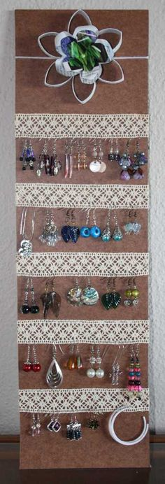 Lovely lacey earring hanger | rearticulated.wordpress.com