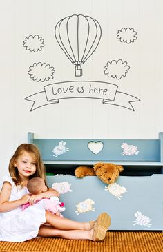 Baby nursery decor: Stickaroo wall stickers - BabaLlama.com