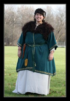 My Norse Garb. I've made everything in the photo.  (C) Made by Lyda (C) Photo Courtesy of Photos By Alex