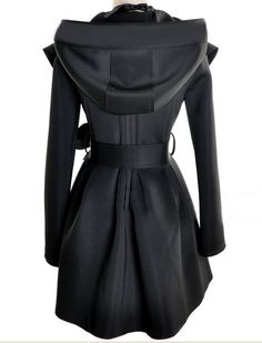 Black Coat. Like Is this a fem Jedi coat???