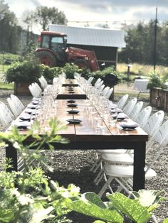 The tractor is parked, the sun is about to set, let's crack open some bottles of wine and enjoy the evening! Farm-to-table dinners are back, come join us Spring Tractor, Bottles, Dinners, Join, Table Decorations, Park, Spring, Home Decor, Homemade Home Decor