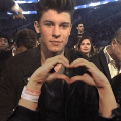 wink shawn mendes bbmas 2016 billboard music awards 2016 trending #GIF on #Giphy via #IFTTT http://gph.is/1TDzTM7