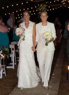 Lesbian wedding outfits attire gay girls brides pants suit lgbt jacket shoes bouquets night wedding