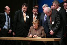 Kanzlerin Angela Merkel   Fotograf Kassel   Politischer Aschermittwoch CDU Volkmarsen   Karsten Socher Fotografie http://blog.ks-fotografie.net/pressefotografie/angela-merkel-volker-bouffier-kwhe16-volkmarsen/