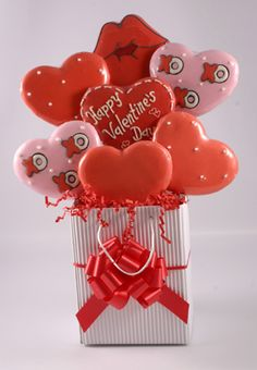 Valentine's Day Cookie Bouquets and Arrangement Baskets