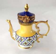 Limoges Box - Ornate Floral Tea Pot - Teapot - Peint Main - PV