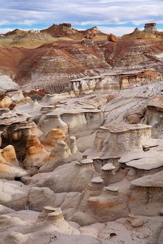 Bisti/ De-Na-Zin Wilderness Area near Farmington, New Mexico. Places To Travel, Places To See, Travel New Mexico, Land Of Enchantment, Solo Travel, Amazing Nature, Wonders Of The World, Wilderness, Travel Photography