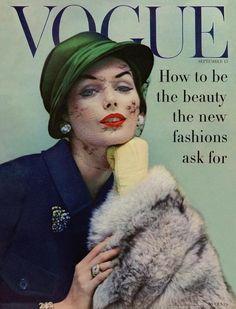 Vintage Fashion Vogue Cover - September 1956 Regular Giclee Print by Karen Radkai - Vogue Vintage, Vintage Vogue Covers, Vintage Fur, Vintage Woman, Vintage Vanity, Vintage Models, Vintage Barbie, Vintage Dress, Retro Vintage