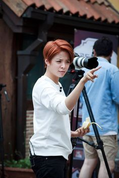 Amber Liu's fantastic hair - would mine do this?? << I know mine would NEVER.