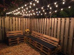 25 Under- 50 Backyard Upgrades That Are Actually Easy 25 Budget Friendly Backyard Ideas Cozy Backyard, Small Backyard Landscaping, Budget Backyard Ideas, Narrow Backyard Ideas, Patio Upgrade Ideas, Cheap Backyard Makeover Ideas, Backyard Projects, Apartment Backyard, Diy Balkon