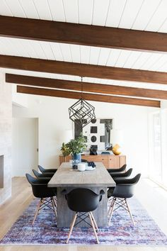 Long modern table with black  chairs - Studio McGee    #interiordesign #interiorinspiration #diningroom