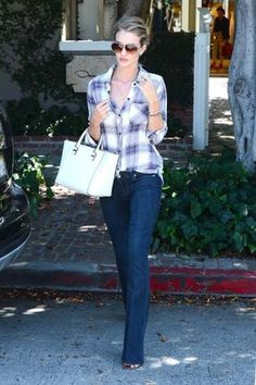 15 Easy Ways to Wear Your Flannels | Laura Rose Kensil