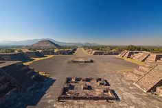 Mexiko - Teotiuacan ulice mrtvých