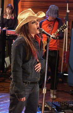 Elvis Presley Family, Priscilla Presley, Lisa Marie Presley, Ex Wives, Cowboy Hats, Daughter, Fashion, Moda, Fashion Styles