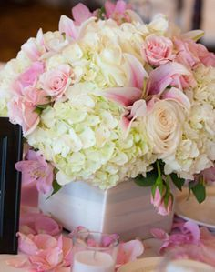soft pink centrepieces - Google Search