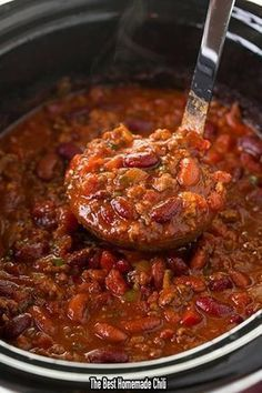 The Best Homemade Chili - Ingredients 1 pound (raw) bacon – cut into small pieces 1 large onion – diced 1 red bell pepper – seeded and diced 1 green bell pepper – seeded and diced 6 cloves garlic – minced 4.5 tablespoons chili powder 1.5 tablespoons …