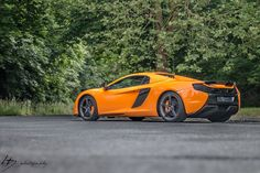 The McLaren was unveiled at the 2014 Geneva Motor Show by McLaren Automotive as a replacement for the McLaren and is currently in production. The car is available as a 2 door coupe and as a open top roadster. Photography Timeline, Mclaren 650s, Fast Cars, Dream Cars, Ferrari, Garage, Racing, Carport Garage, Running
