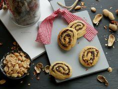Dobrou chuť: Datlové roládky s ořechy French Toast, Muffin, Breakfast, Food, Morning Coffee, Meals, Muffins, Yemek, Morning Breakfast
