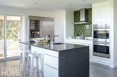Small kitchen design pictures modern, Kitchen design gallery, Kitchen designs photo gallery, Small kitchen design ideas, Small kitchen design images, Kitchen design layout, Simple kitchen designs, Modern kitchen designs photo gallery, #kitchendesign #home #kitchen #kitchendecor #luxuryhomes