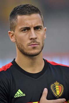 football is my aesthetic Eden Hazard, Soccer Guys, Football Boys, Football Players, Chelsea Fc, Belgium National Football Team, Hazard Chelsea, Gents Hair Style, Men Hair Color